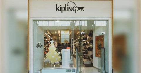 Teléfono  232-8910 https   www.kiplingmexico.com  Horario  11 00 a 21 00  hrs. c86b8c21cb13